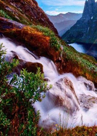 Waterfall Live Wallpaper скриншот 3